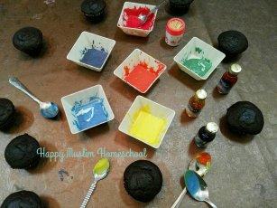 Colour-mixing cupcake